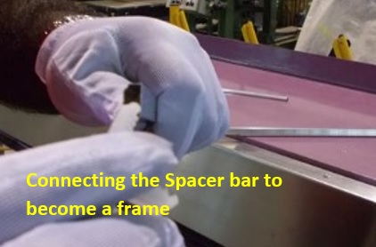 8-Connecting the Spacer bar